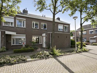 Maaikensveld 22 in Roosendaal 4702 ZZ