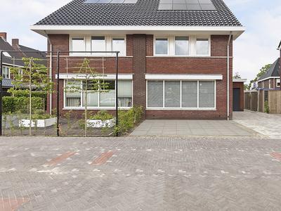Veerschuit 3 in IJsselmuiden 8271 LK