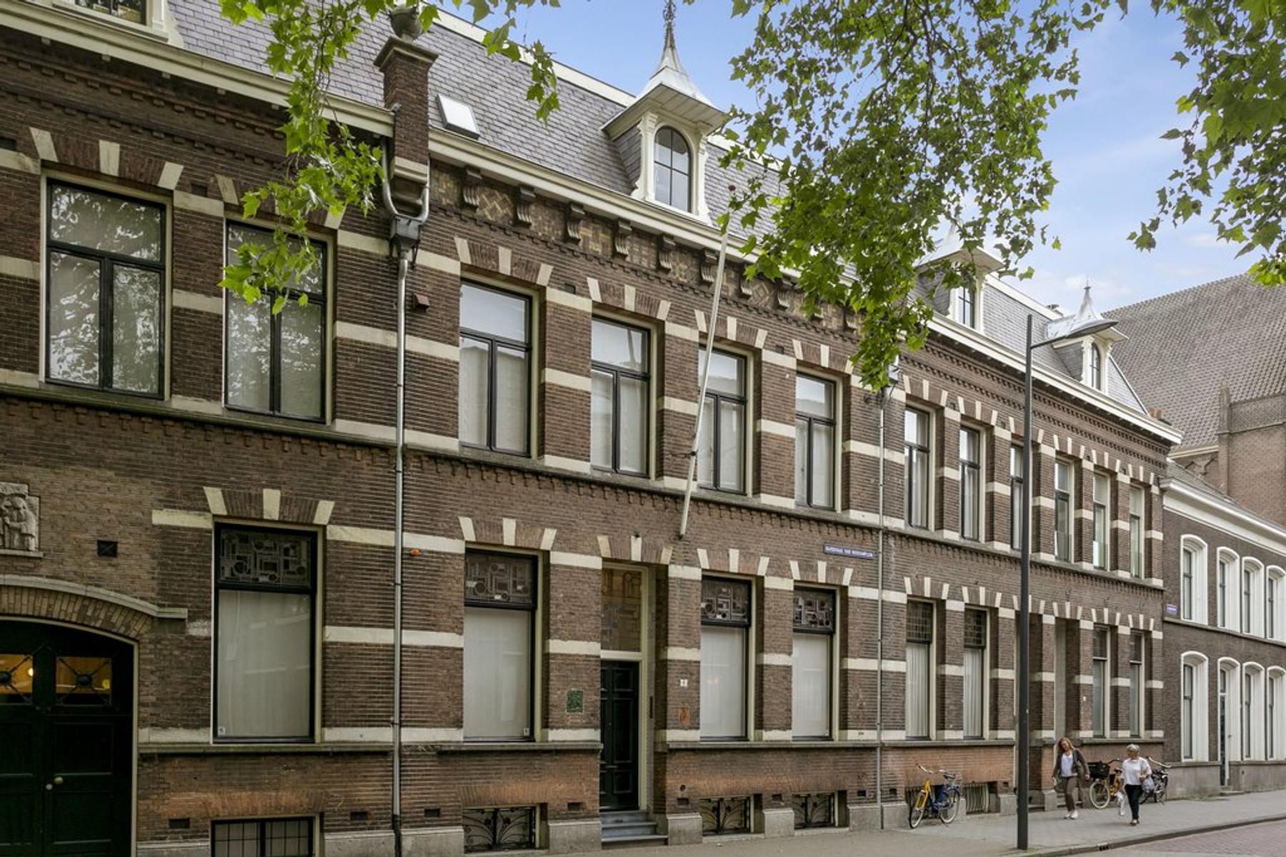 Kardinaal Van Rossumplein 1 in 'S-Hertogenbosch 5211 RV