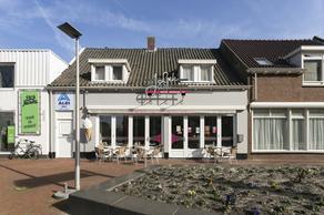 Kade 9 in Steenbergen 4651 BS
