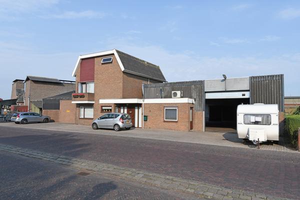 J.P. Broekhovenstraat 1 (A) in Elburg 8081 HB