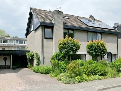 Adelaarstraat 9 in Brummen 6971 WJ
