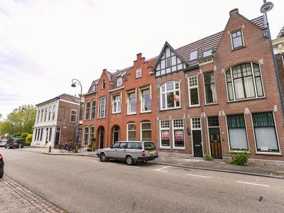 Raamvest 9 in Haarlem 2011 ZH