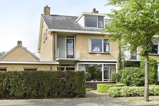 Jan Vermeerlaan 10 in Oegstgeest 2343 CV