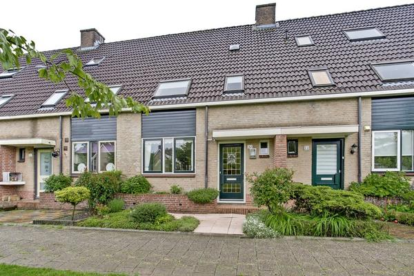 Valeriussingel 32 in Zwijndrecht 3335 CD