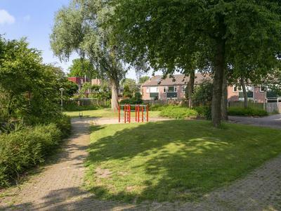 Donizettirode 32 in Zoetermeer 2717 BW
