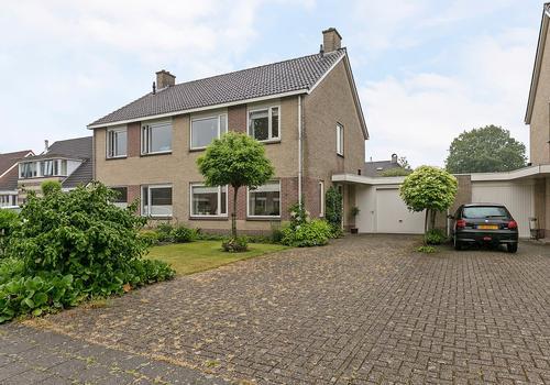 Van Der Walstrjitte 14 in Burgum 9251 RH