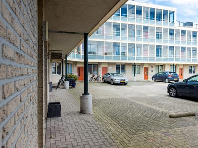 Dijkgravenlaan 17 in Leiderdorp 2352 RN