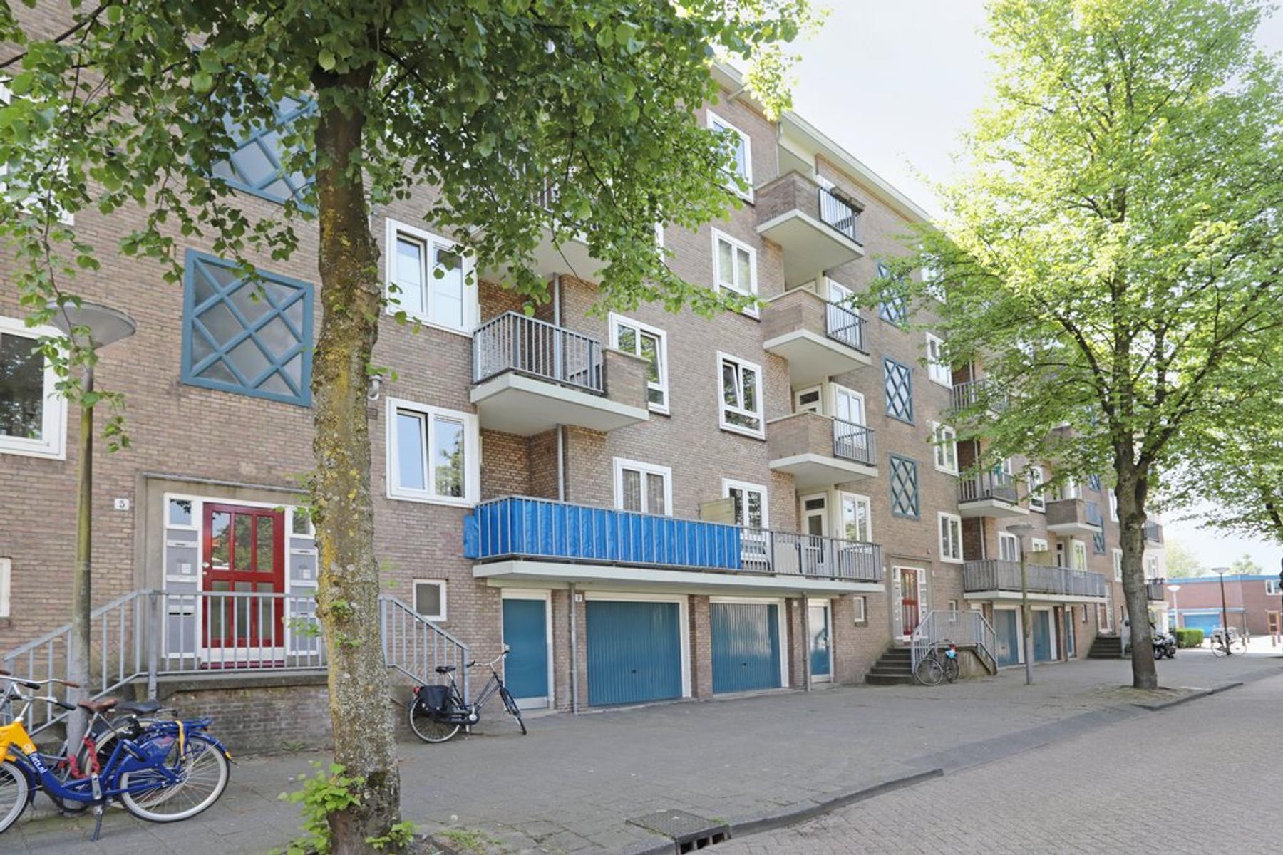 Ward Bingleystraat 15 Iii in Amsterdam 1065 TJ