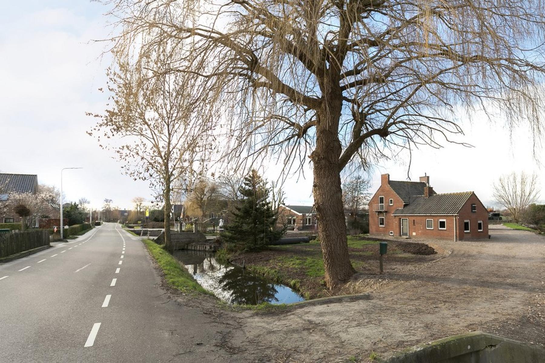 Lageweg 47 in Ouderkerk Aan Den IJssel 2935 CD