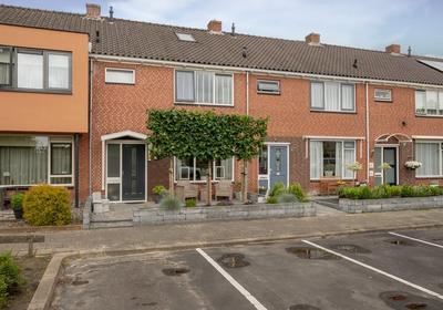 Graaf Willemstraat 78 in Bovenkarspel 1611 HK