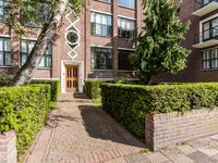Riouwstraat 102 in 'S-Gravenhage 2585 HG