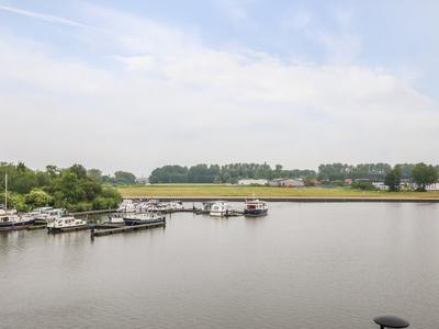 Waterfront 77 in Dronten 8253 ZB