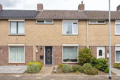 Valkenburgstraat 3 in Weert 6004 VA