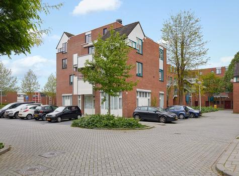 Stuifzwam 66 in Alphen Aan Den Rijn 2403 HL