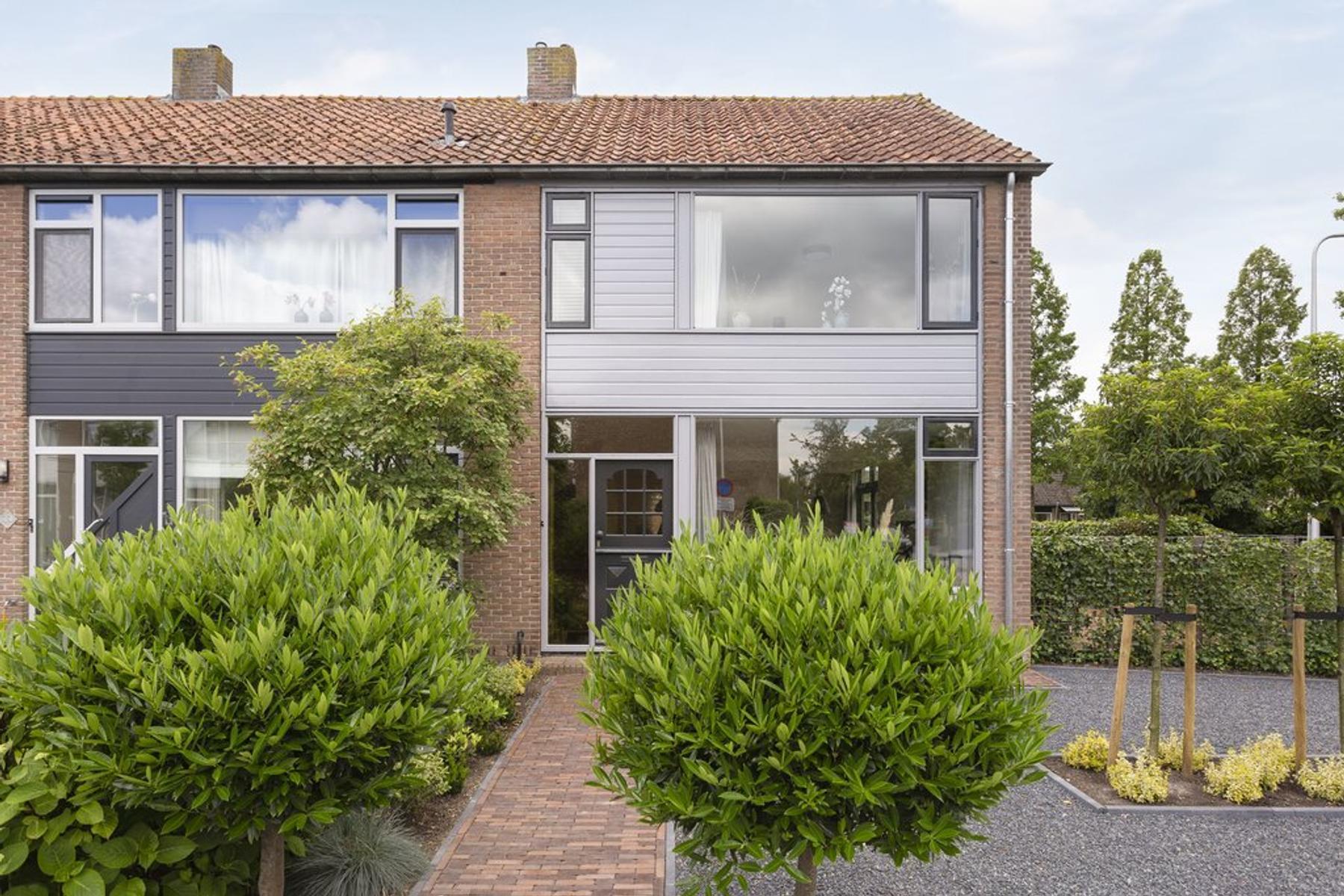 Azaleastraat 35 in Stolwijk 2821 TN