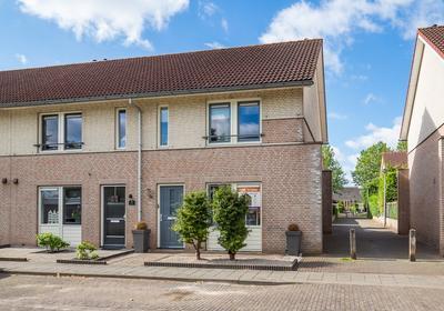 A.H.H. Tolhuisenstraat 43 in Meteren 4194 VD