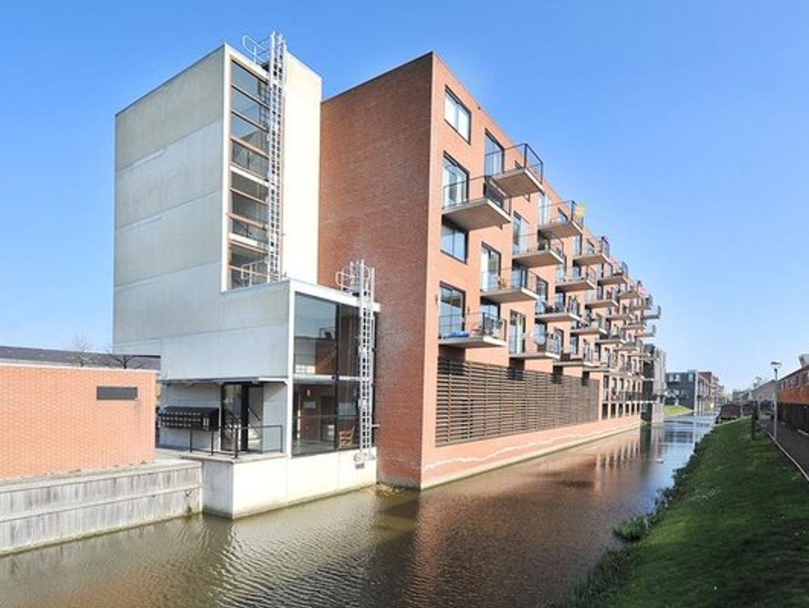 Rijswijkse Landingslaan 186 in 'S-Gravenhage 2497 TD
