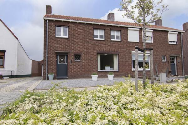 Oranjestraat 1 in Echt 6101 HV