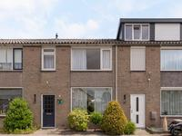 Mr. Van Zuylen Van Nyeveltstraat 15 in Waalwijk 5142 BB