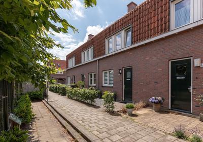 Godelindedwarsstraat 28 in Bussum 1402 WP