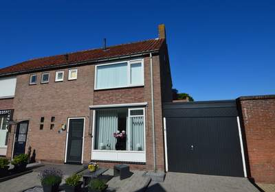 Nes 34 in Schoonhoven 2871 BE
