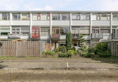 Henegouwsestraat 23 in Ridderkerk 2983 TA