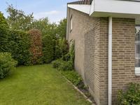 Robijndijk 173 in Roosendaal 4706 MG