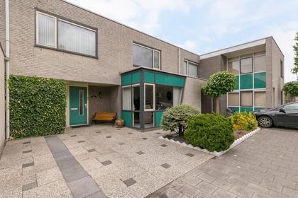 Theodora Versteeghstraat 17 in Pijnacker 2642 DL