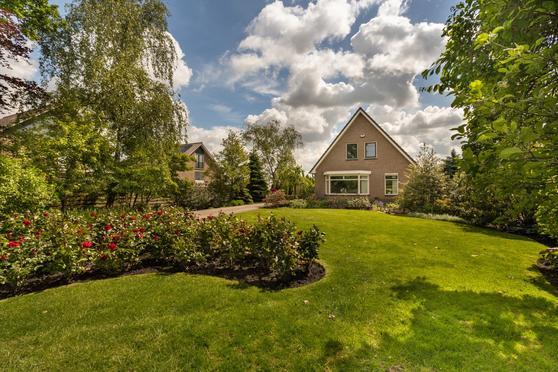 Oostkanaalweg 5 in Aarlanderveen 2445 BA