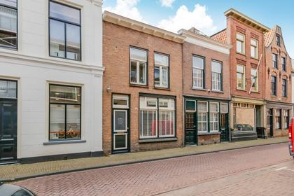 Robberstraat 16 in Gorinchem 4201 AK
