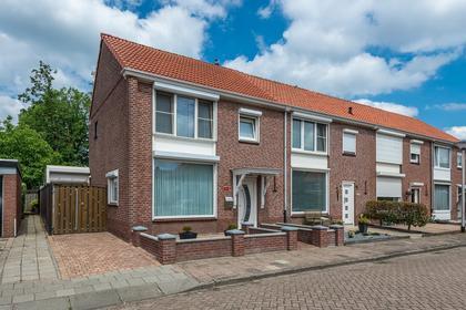 Lindehoutstraat 17 in Helmond 5706 VX