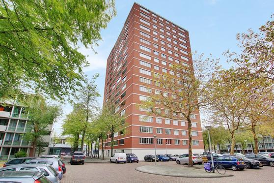 Het Breed 473 in Amsterdam 1025 HS