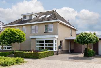 Hoenderweg 24 in Lemelerveld 8152 DW