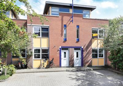 Van Aarleplein 8 in 'S-Hertogenbosch 5211 RN