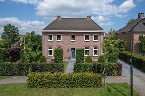 Veldstraat 10 A in Wijk En Aalburg 4261 TA