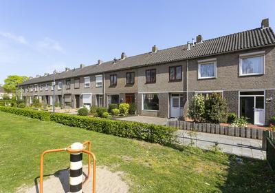 Lagemorgenlaan 56 in 'S-Hertogenbosch 5223 HX