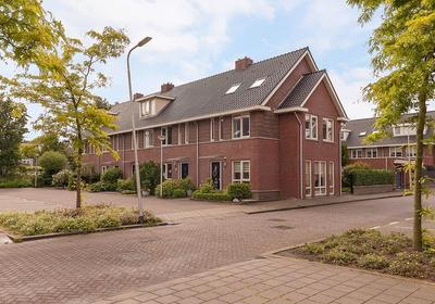 Waterland 44 in Ridderkerk 2987 EN