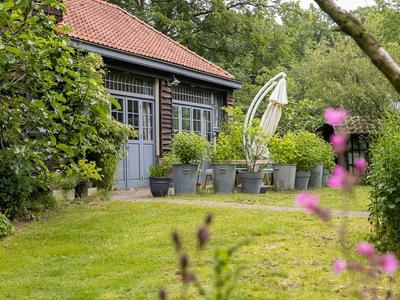 Struisvogellaan 11 in Hilversum 1217 GC