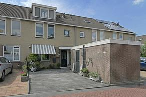Roelat 73 in Reeuwijk 2811 EE