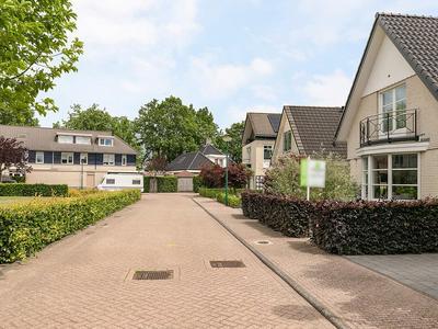 Van Rijnesteinlaan 10 in Renswoude 3927 DL