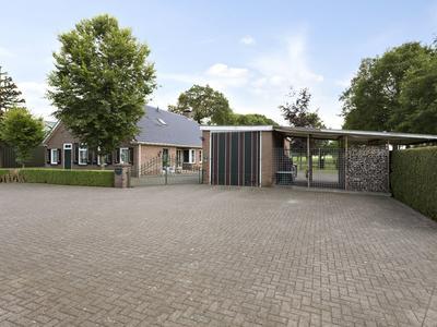 Oude Rijksweg 155 in Staphorst 7951 ED