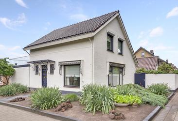 Veldstraat 57 in Zundert 4881 BB