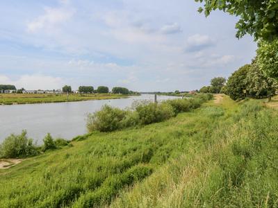 Maaskade 67 in Venlo 5911 EZ