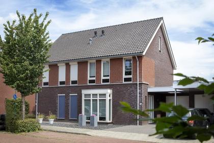 Laarhof 10 in Nistelrode 5388 GX