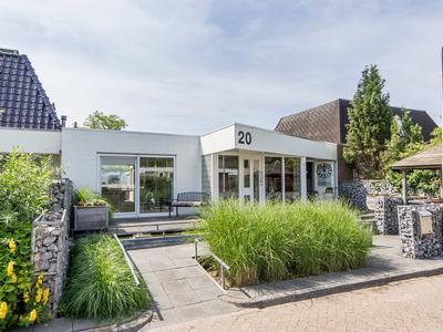 Spaanderbank 20 in Emmeloord 8303 XK
