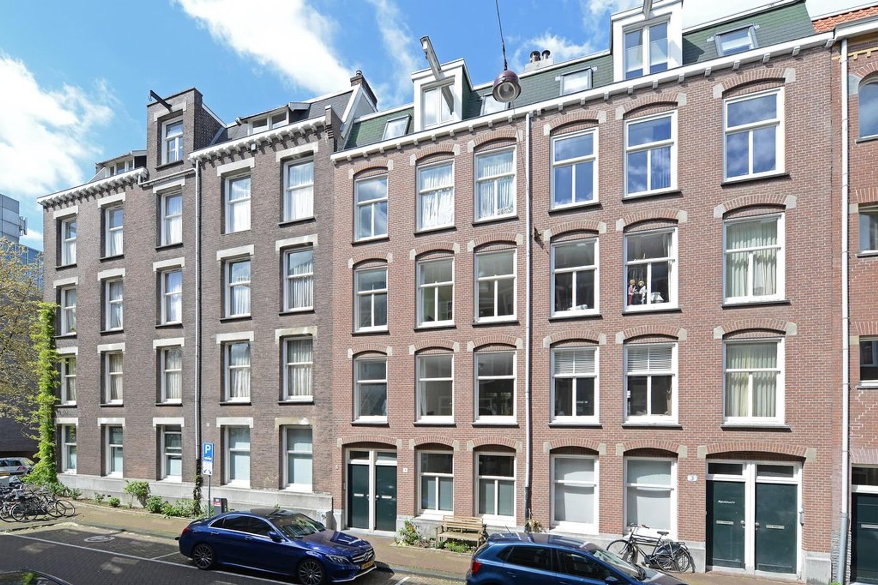 Lepelstraat 1 1 in Amsterdam 1018 XK