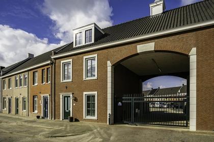 Vaartsestraat 35 in Helmond 5708 XE