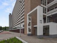 Burgemeester Hogguerstraat 957 in Amsterdam 1064 EE