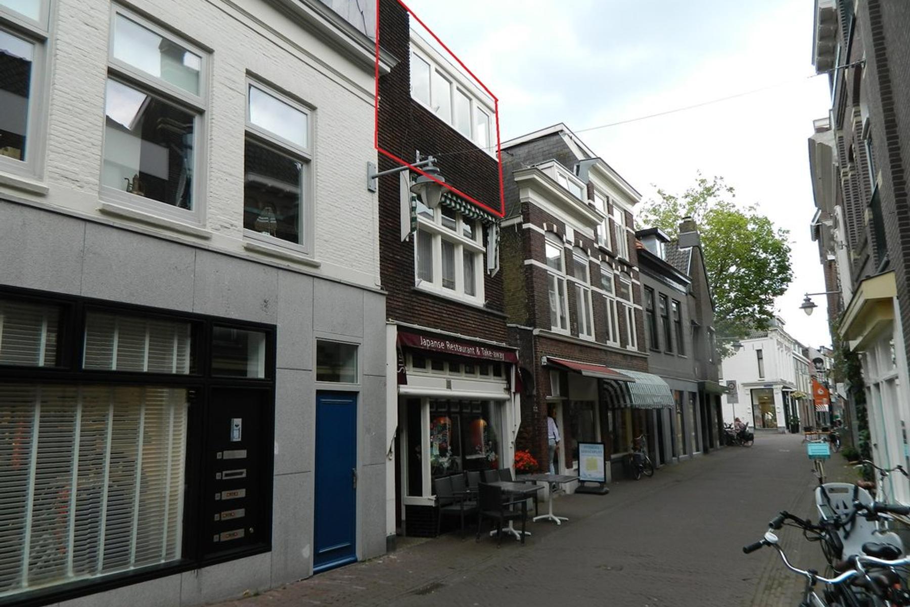 Sint Anthoniestraat 14 B in Gouda 2801 GT